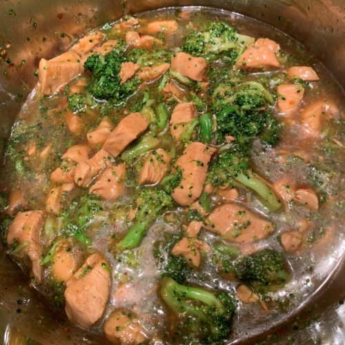 chicken broccoli add broccoli and cornstarch slurry