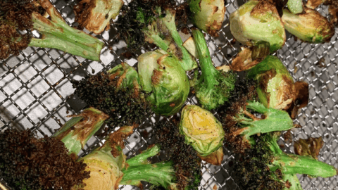 Air Fryer: Crispy Brussel Sprouts & Broccoli